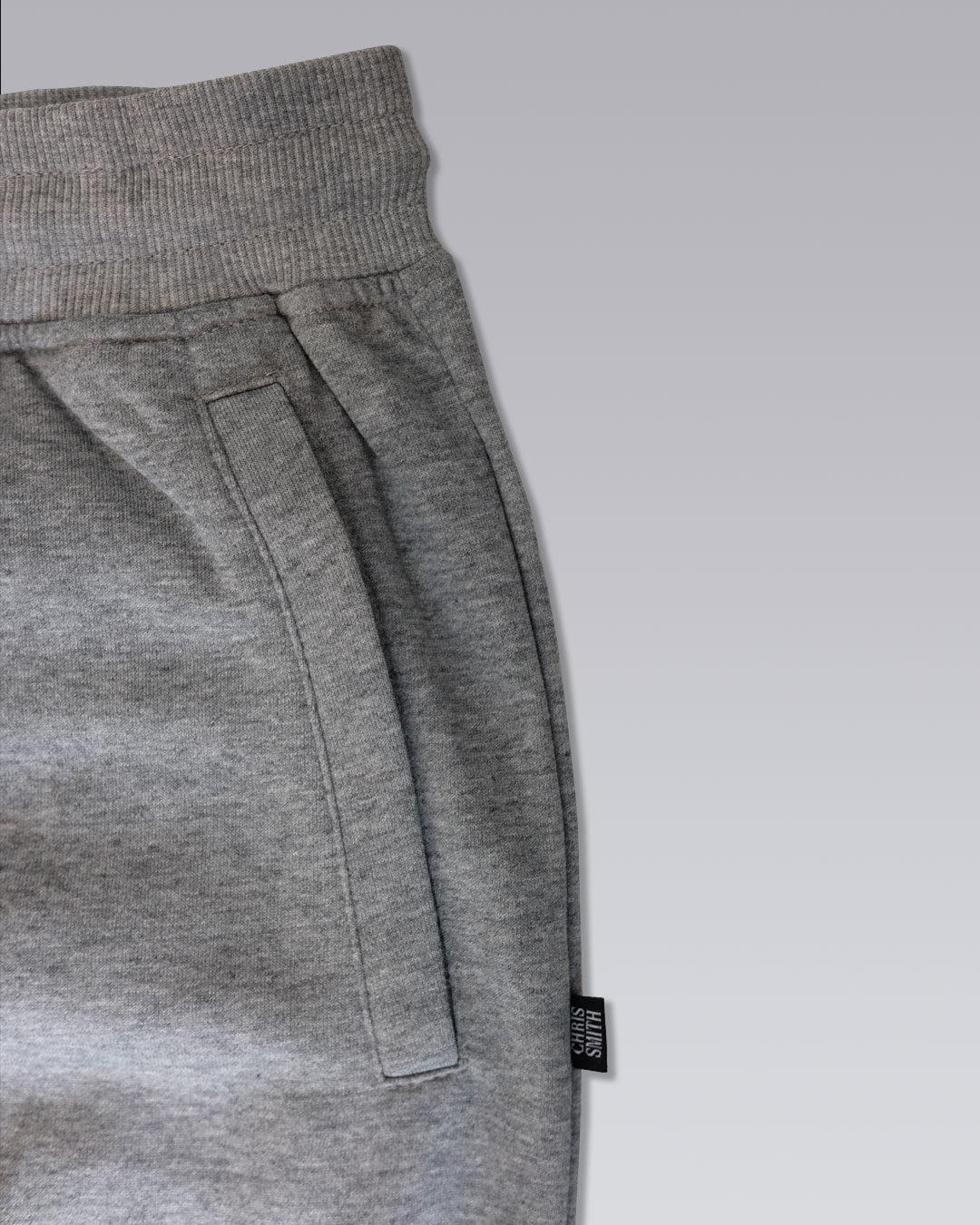 photo-3b-URBANE-MUSE-CHRIS-SMITH-sweat-pants