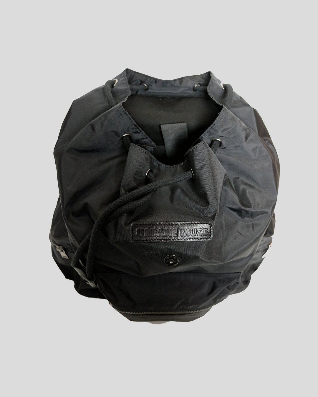 photo-4-BLACK-NYLON-RIPSTOP-BACKPACK-URBANE-MUSE-CHRIS-SMITH