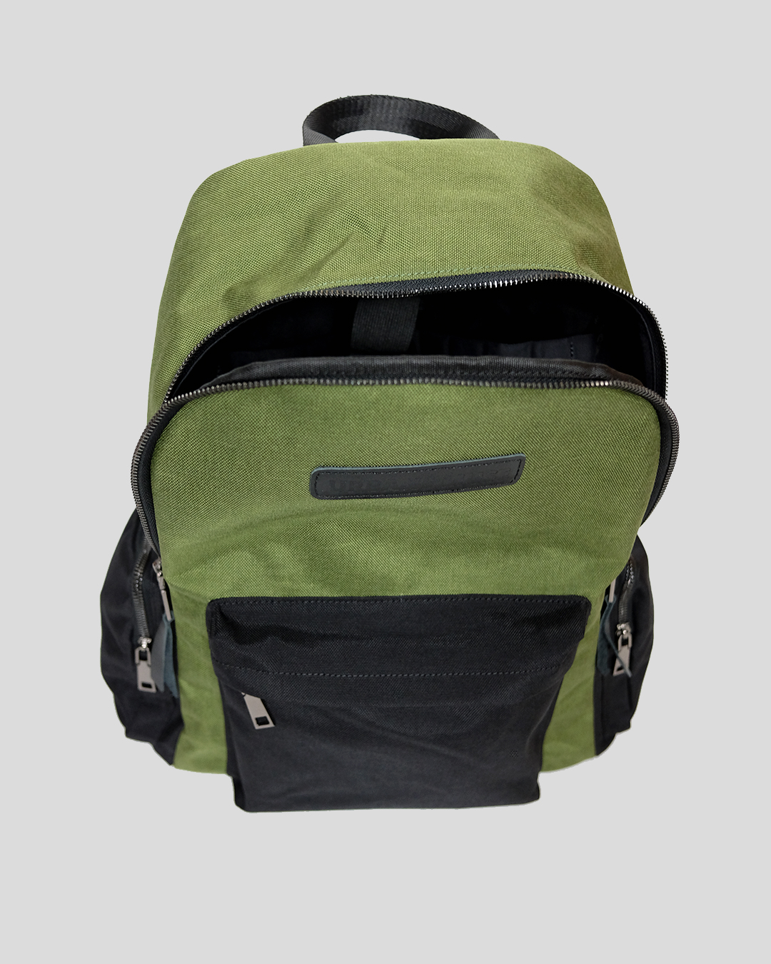 photo-5-GREEN-CORDURA-BACKPACK-URBANE-MUSE-CHRIS-SMITH