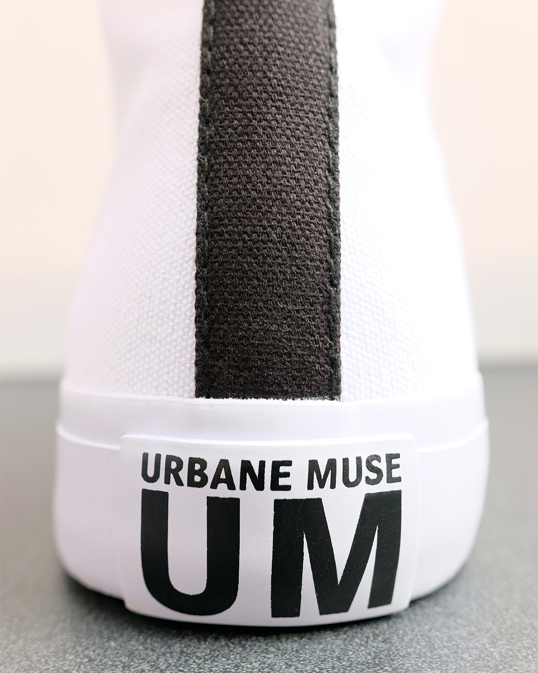 photo-10b-CANVAS-HIGH-TOP-URBANE-MUSE-CHRIS-SMITH-SNEAKERS